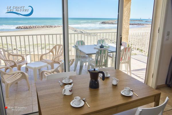 Le Chant des vagues, balcon en front de mer. Location de vacances à Frontignan