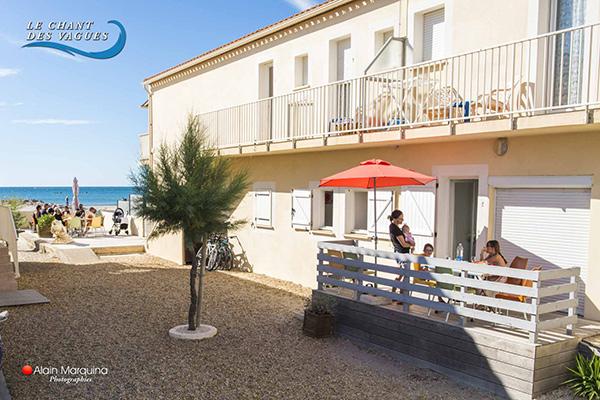Le Chant des vagues, terrasse avec vue sur mer. Location de vacances à Frontignan
