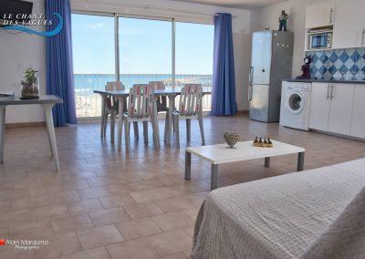 Frontignan-plage : le séjour en front de mer. Locations d'appartement de vacances, Le chant des vagues.